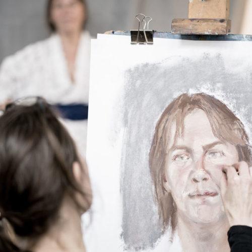 model-tekenen-en-schilderen_grijs